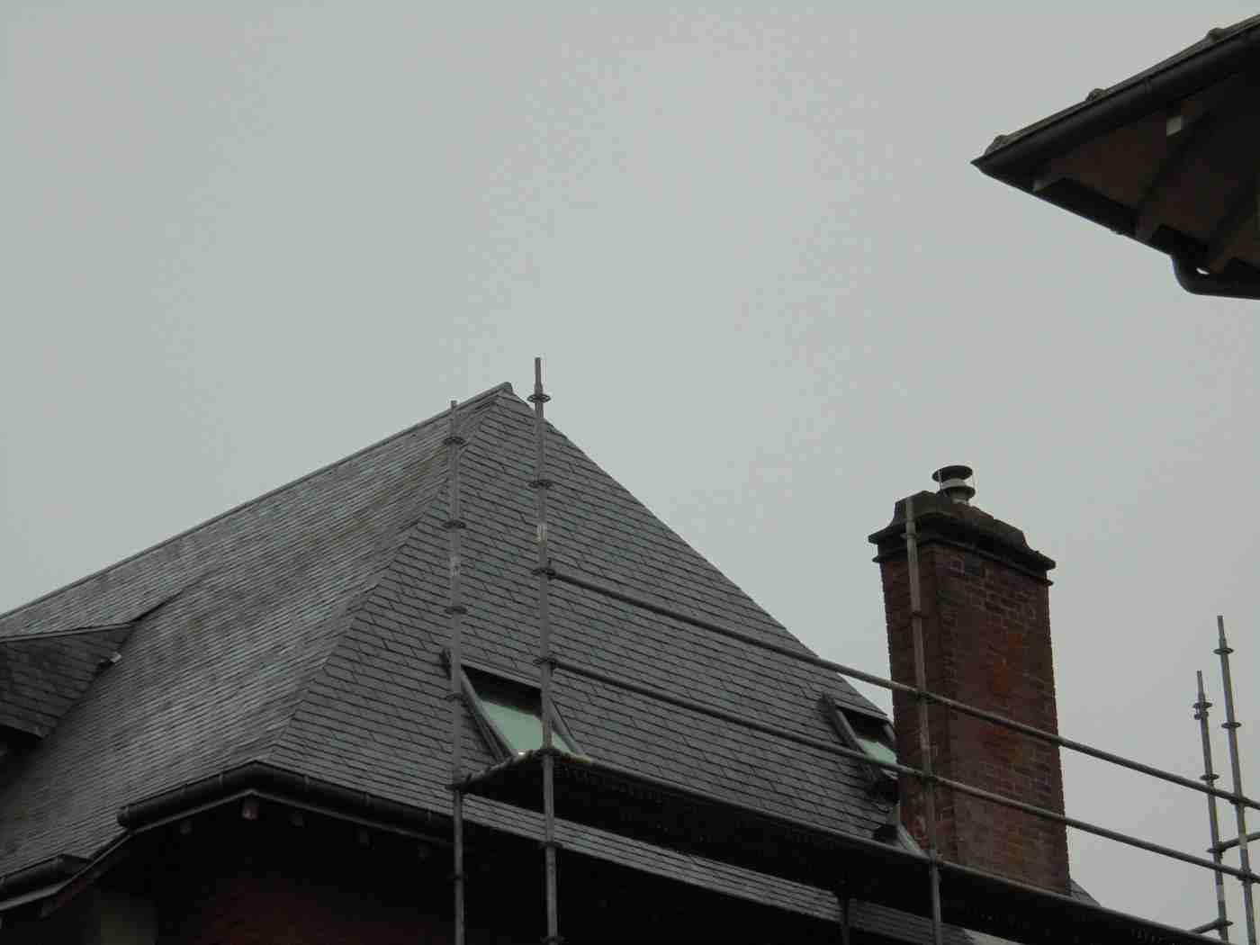 Rénovation d'une toiture en ardoise à Antony gallery